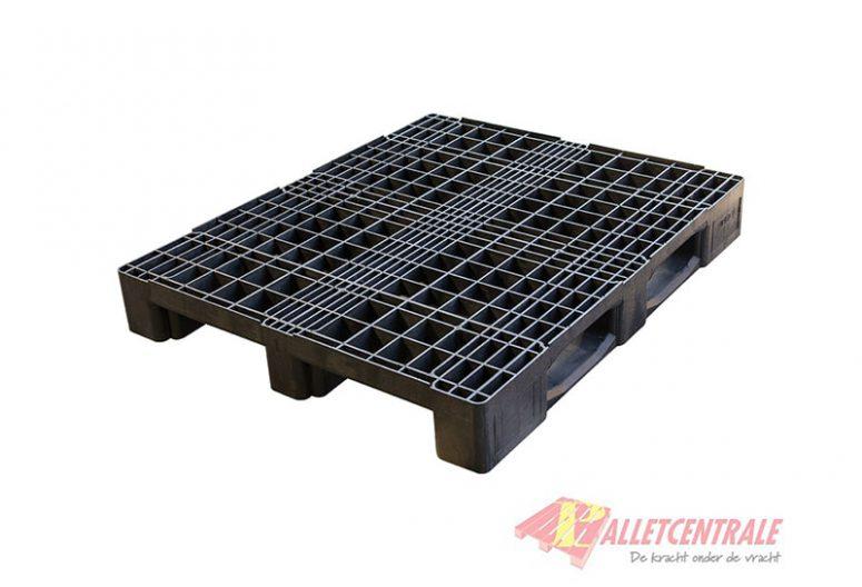 Kunststof pallet halfzwaar, open bovendek, 100x120cm, gebruikt BZ