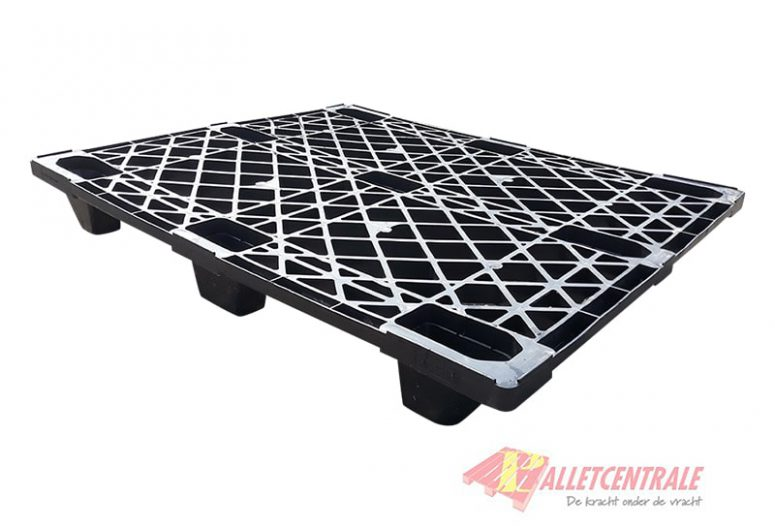 Plastic pallet nestable 100X120cm, reconditioned