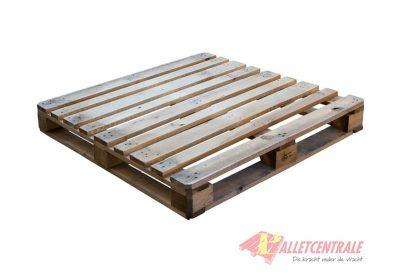 Omlopende blokpallet 110x110cm, gebruikt BZ