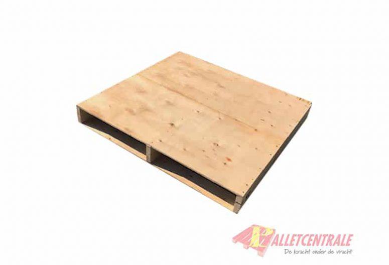 Plaatpallet 98 x 104cm omlopend gebruikt bovenzijde