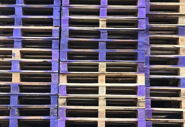 Partij blokpallet 105 x 120cm zwaar omlopend gebruikt aanbieding