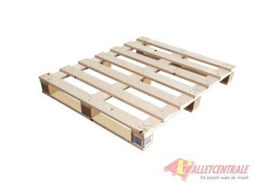 Blokpallet 100 x 120cm korte planken gebruikt bovenzijde