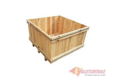 Houten kist 104 x 104 x 60cm gebruikt zijde