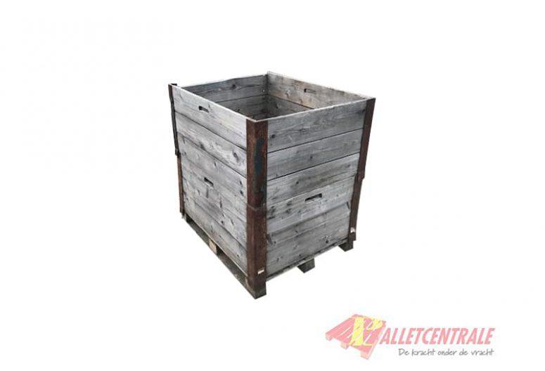 Palletbox 80 x 100 x 100cm gebruikt voorzijde